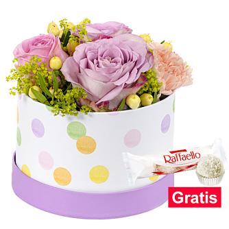Frühlings-Arrangement mit Ferrero Raffaello